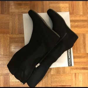 Rockport Tall Gore Wedge Boot- Sz 8.5M